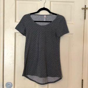 🎈3/$15 LULAROE grey Swiss dot short sleeve top